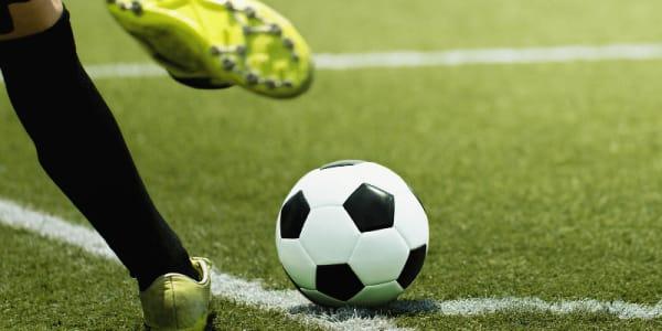 Penalti untuk Ibrahimovic dan AC Milan kerana Penglibatan Kasino Dalam Talian
